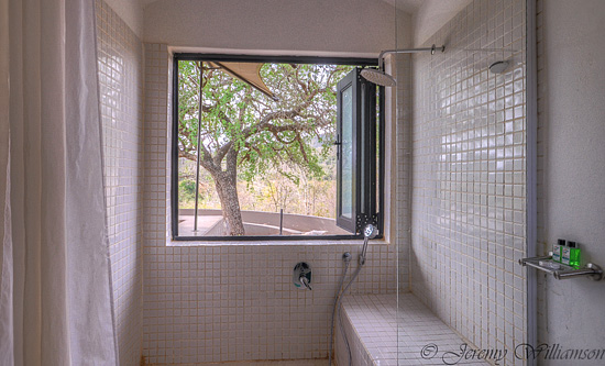 Walk in shower with a view - Hluhluwe iMfolozi Game Reserve Big 5 Nselweni Bush Camp Self Catering Accommodation Bookings KwaZulu-Natal South Africa